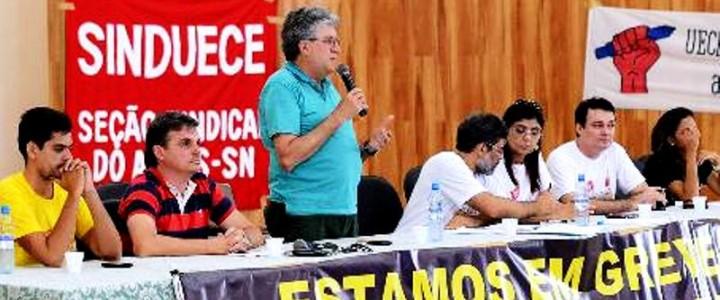 Governo do Ceará se recusa a negociar e docentes das estaduais seguem greve