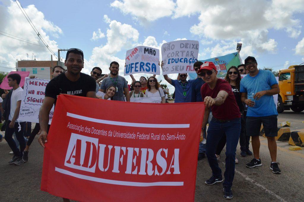 Assembleia da ADUFERSA define ampliação do mandato da diretoria até o fim de 2020